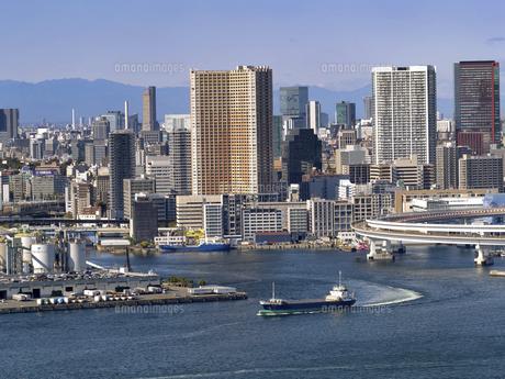 東京港 品川埠頭と京浜運河の写真素材 [FYI04761829]