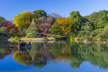 秋の六義園の写真素材 [FYI04763598]