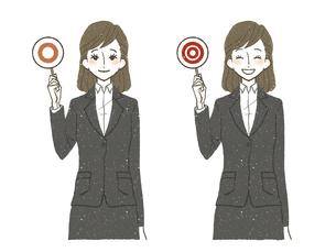 スーツの女性-マル-二重丸-正解のイラスト素材 [FYI04763864]