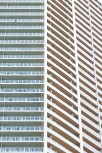 タワーマンション外壁の写真素材 [FYI04765017]