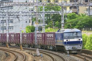 JR神戸線のEF210貨物列車の写真素材 [FYI04765188]