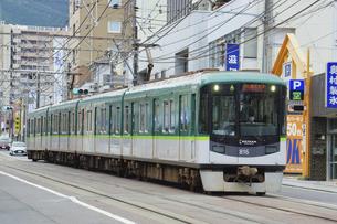 京阪電鉄大津線の800系普通電車の写真素材 [FYI04765202]