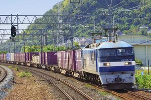JR京都線のEF210貨物列車の写真素材 [FYI04765294]