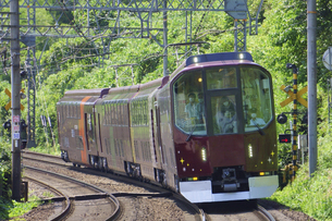 近畿日本鉄道 20000系団体専用列車の楽の写真素材 [FYI04765309]