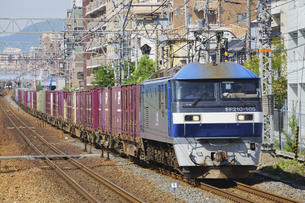 JR神戸線のEF210貨物列車の写真素材 [FYI04765311]
