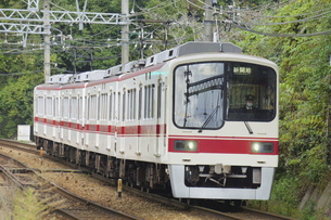 神戸電鉄の5000系普通電車の写真素材 [FYI04765345]