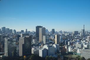 【東京都】文京区シビックセンターより鳥瞰【2020冬】の写真素材 [FYI04765542]