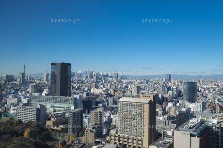 【東京都】文京区シビックセンターより新宿・池袋方面【2020冬】の写真素材 [FYI04765575]