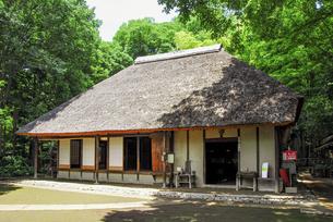 せたがや百景にも選定される岡本公園民家園の旧長崎家主屋の写真素材 [FYI04767685]