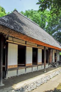 せたがや百景にも選定される岡本公園民家園の旧長崎家主屋の写真素材 [FYI04767686]