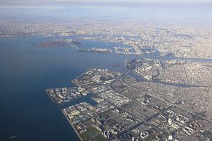 空から東京湾ベイエリアを一望の写真素材 [FYI04767923]