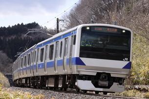 東北本線を走るE531系普通列車の写真素材 [FYI04769606]