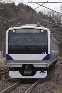 東北本線を走るE531系普通列車の写真素材 [FYI04769610]