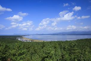 呑龍岳展望台より望む十三湖の写真素材 [FYI04770883]