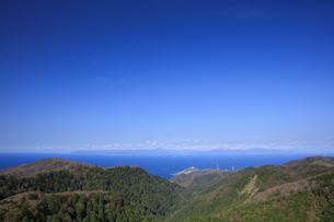 眺瞰台より望む竜飛崎と北海道の写真素材 [FYI04770889]