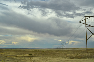 鉄塔のある風景 ノスタルジーの写真素材 [FYI04771109]