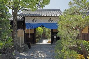 6月 八木邸  -京都における新選組関連の史跡-の写真素材 [FYI04771694]