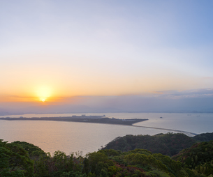 福岡県 風景 博多湾朝景 の写真素材 [FYI04771821]