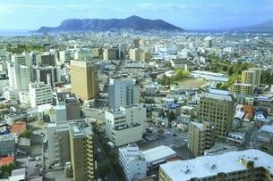 五稜郭タワーから望む函館市街の写真素材 [FYI04772499]
