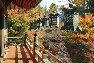紅葉の談山神社の写真素材 [FYI04772627]