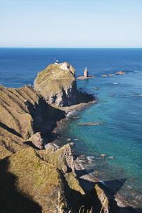 神威岬と神威岩の秋の写真素材 [FYI04772707]