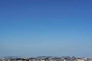 青空と街並みの写真素材 [FYI04773048]