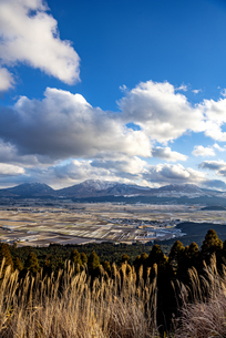 熊本県 阿蘇五岳の写真素材 [FYI04773578]