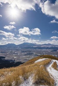 熊本県 阿蘇大観峰の写真素材 [FYI04773624]
