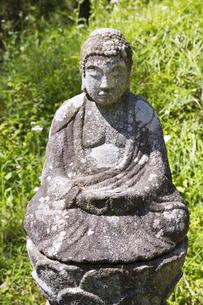 奈良県明日香村の石仏の写真素材 [FYI04774064]