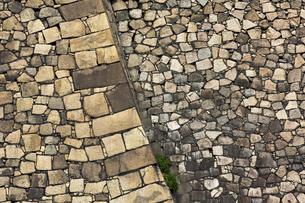 大阪城外濠の石垣の写真素材 [FYI04774142]