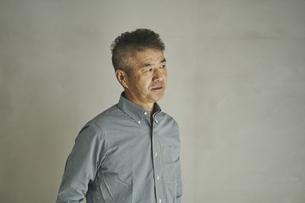 日本人シニア男性の写真素材 [FYI04774441]
