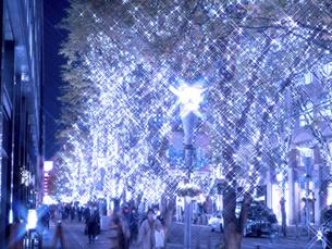 東京都 丸の内仲通りのイルミネーションの写真素材 [FYI04774671]