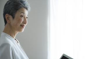 日本人シニア女性の写真素材 [FYI04774805]