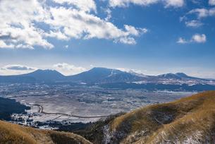 熊本県 阿蘇五岳の写真素材 [FYI04775411]