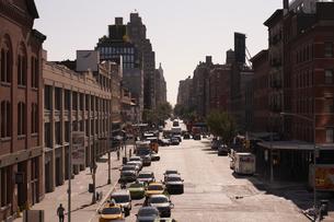 ニューヨーク ハイラインから見たチェルシーの街並みの写真素材 [FYI04775469]