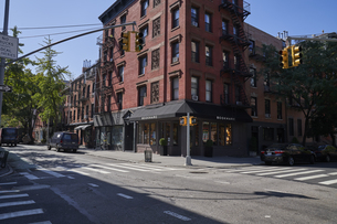 ニューヨーク グリニッチビレッジの街並みの写真素材 [FYI04775474]