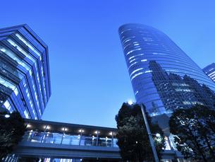 東京都 品川駅前の高層ビル街の写真素材 [FYI04776012]