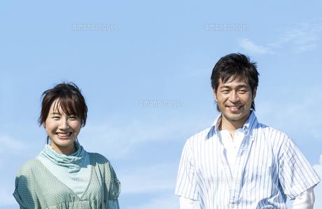 笑顔の夫婦の写真素材 [FYI04776364]