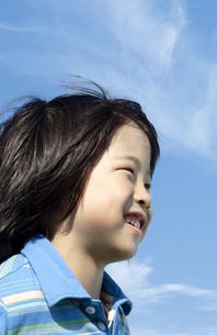 笑顔の男の子の写真素材 [FYI04776487]