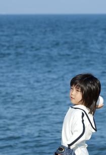 野球をする男の子の写真素材 [FYI04776532]