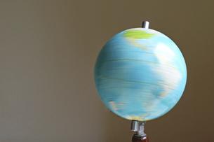 回転する地球儀の写真素材 [FYI04777103]