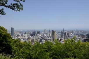 神戸,ビーナスブリッジから神戸の街並みの写真素材 [FYI04777283]