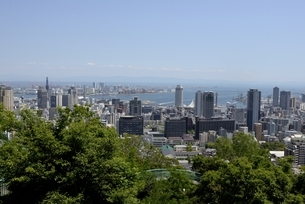 神戸,ビーナスブリッジから神戸の街並みの写真素材 [FYI04777291]