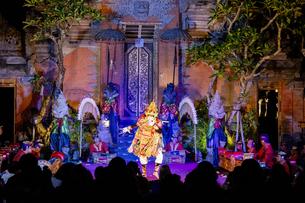 バリ島の民族舞踊の写真素材 [FYI04777789]
