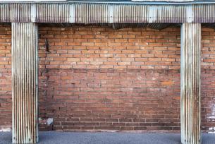 古びた煉瓦の壁の写真素材 [FYI04777872]