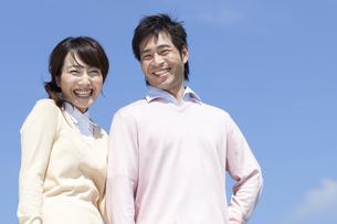 笑顔の夫婦の写真素材 [FYI04778151]
