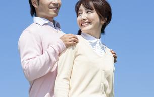 笑顔の夫婦の写真素材 [FYI04778154]