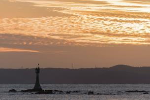 糸島の海の夕景の写真素材 [FYI04778687]