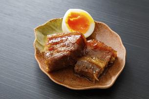 豚の角煮の写真素材 [FYI04778693]