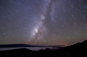 マウナケア星空の写真素材 [FYI04778944]